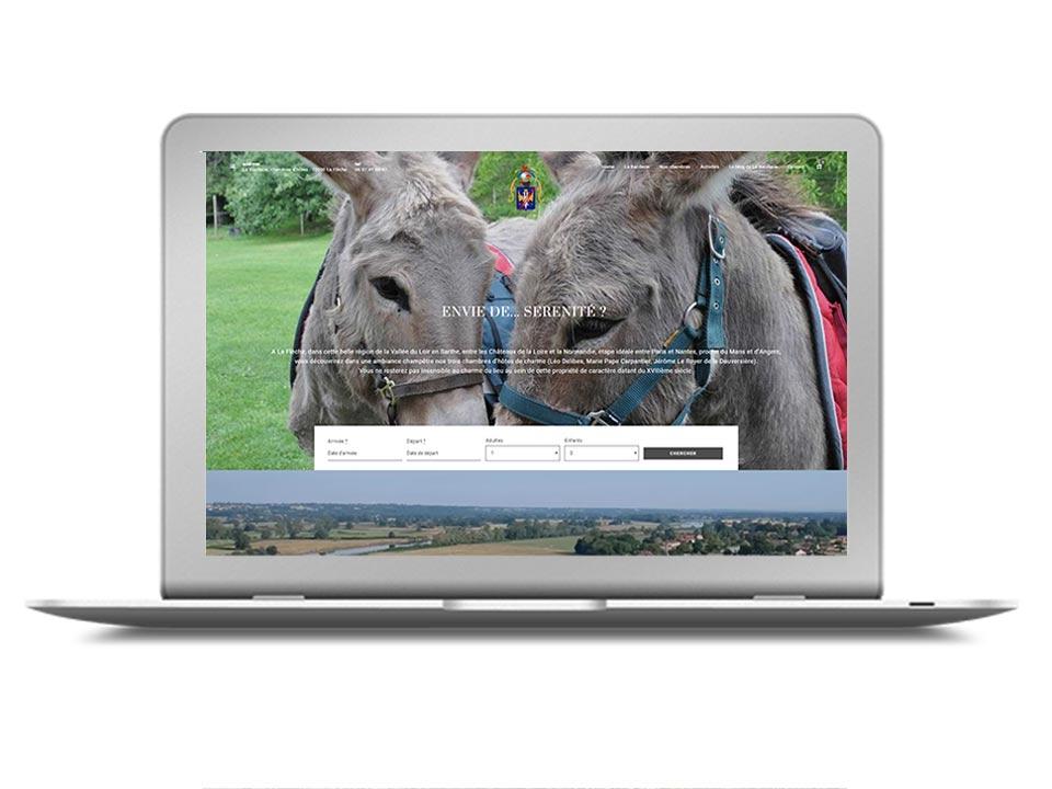 Site Internet pour un gîte rural pour une activité d'oenotourisme, vacances à la ferme, par exemple